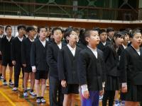 6年生の校歌斉唱